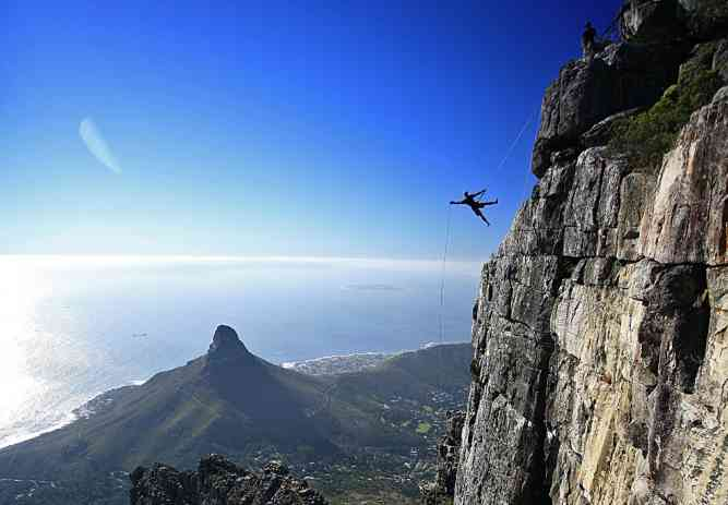 Table Mountain Abseil by Abseil Africa