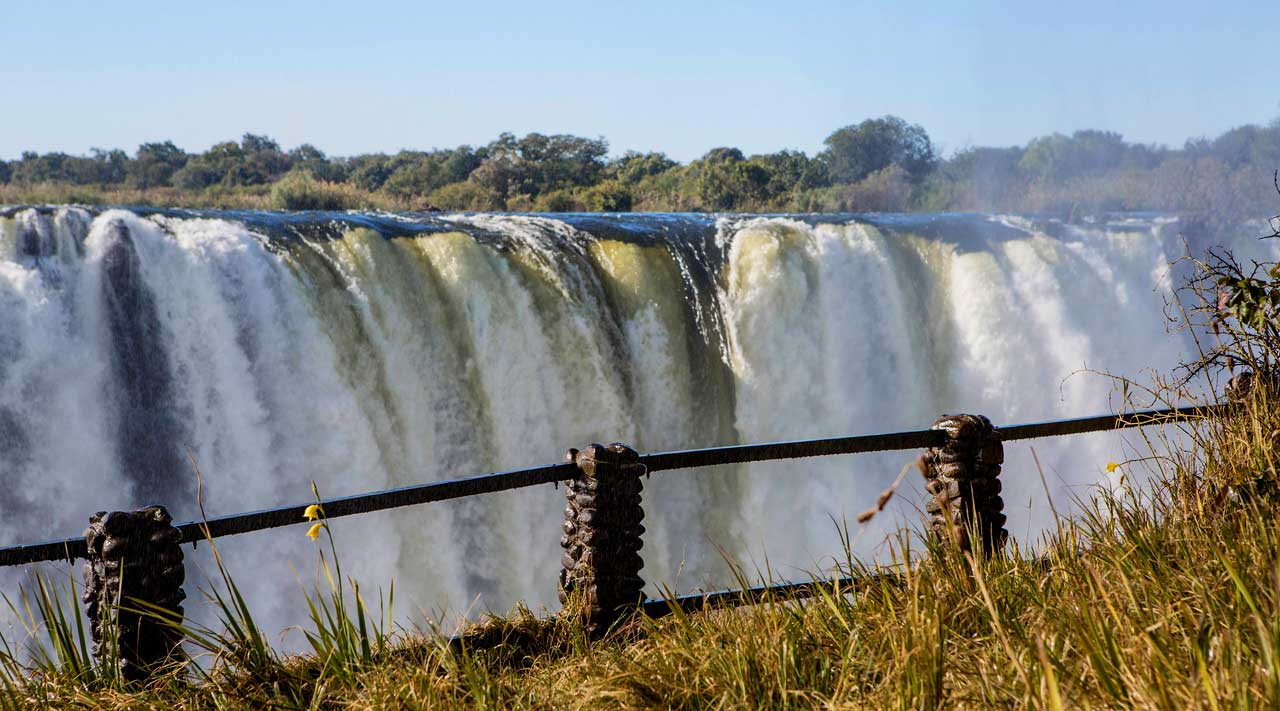 Biggest waterfall in zimbabwe best waterfall 2017 beautiful waterfall in the world best place vacation publicscrutiny Images