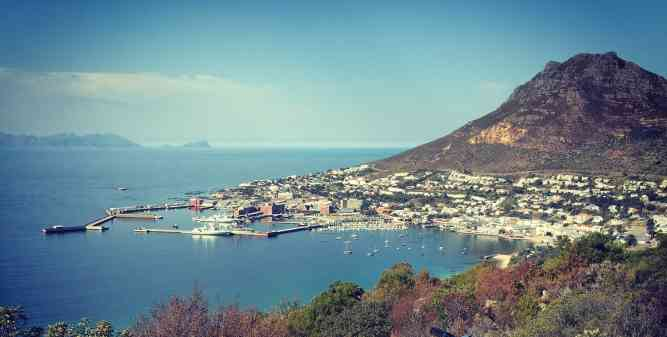 Simonstown in the South of the Cape Peninsula by Luke Hardiman