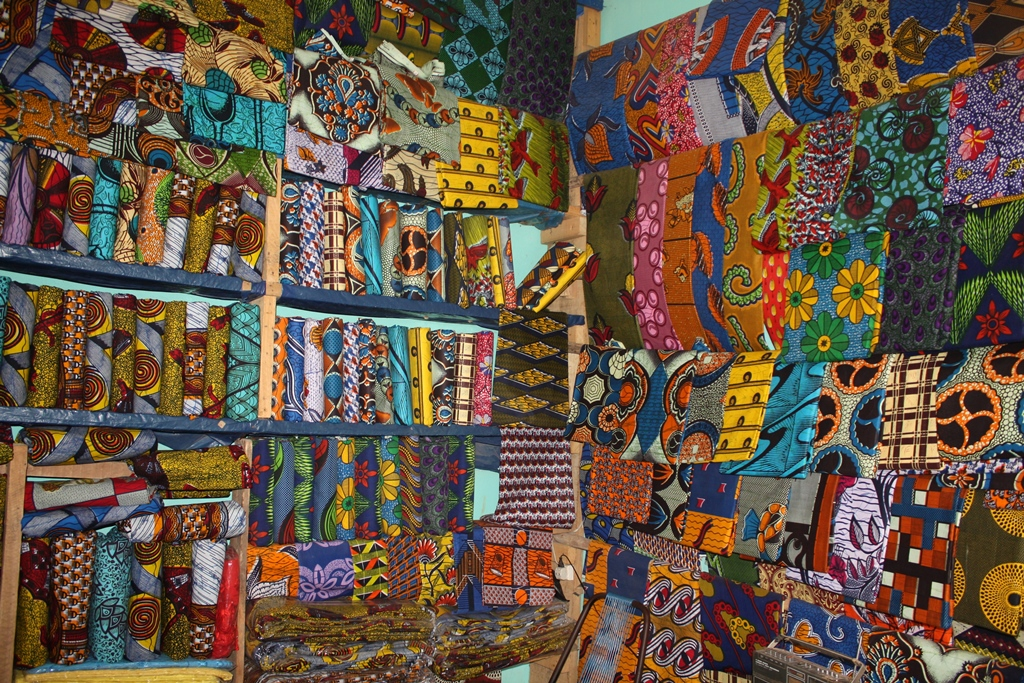 How Amp Where To Buy Souvenirs Curios Amp African Art